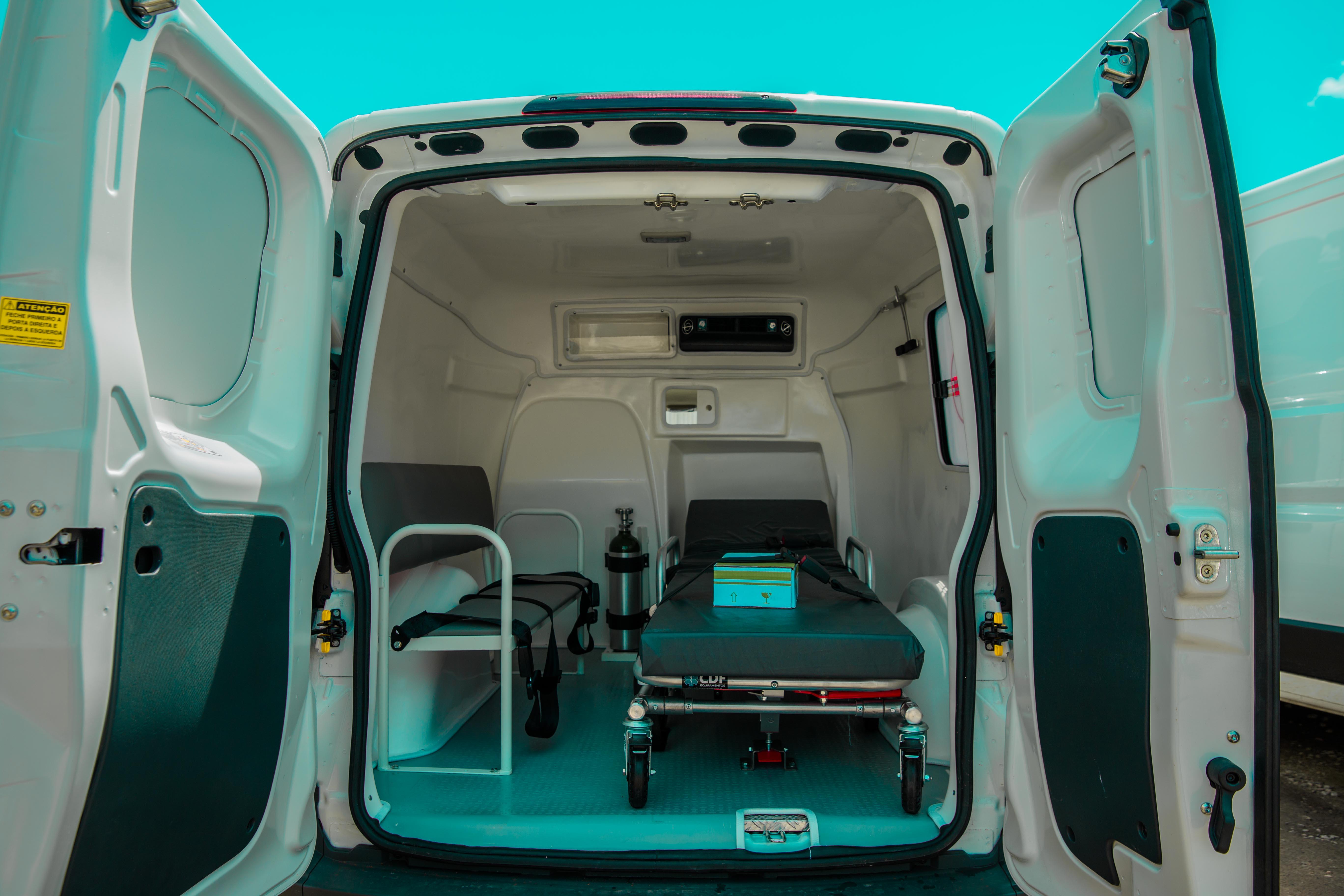 Prefeitura entrega três novas ambulâncias à população de Cabedelo nesta quarta-feira