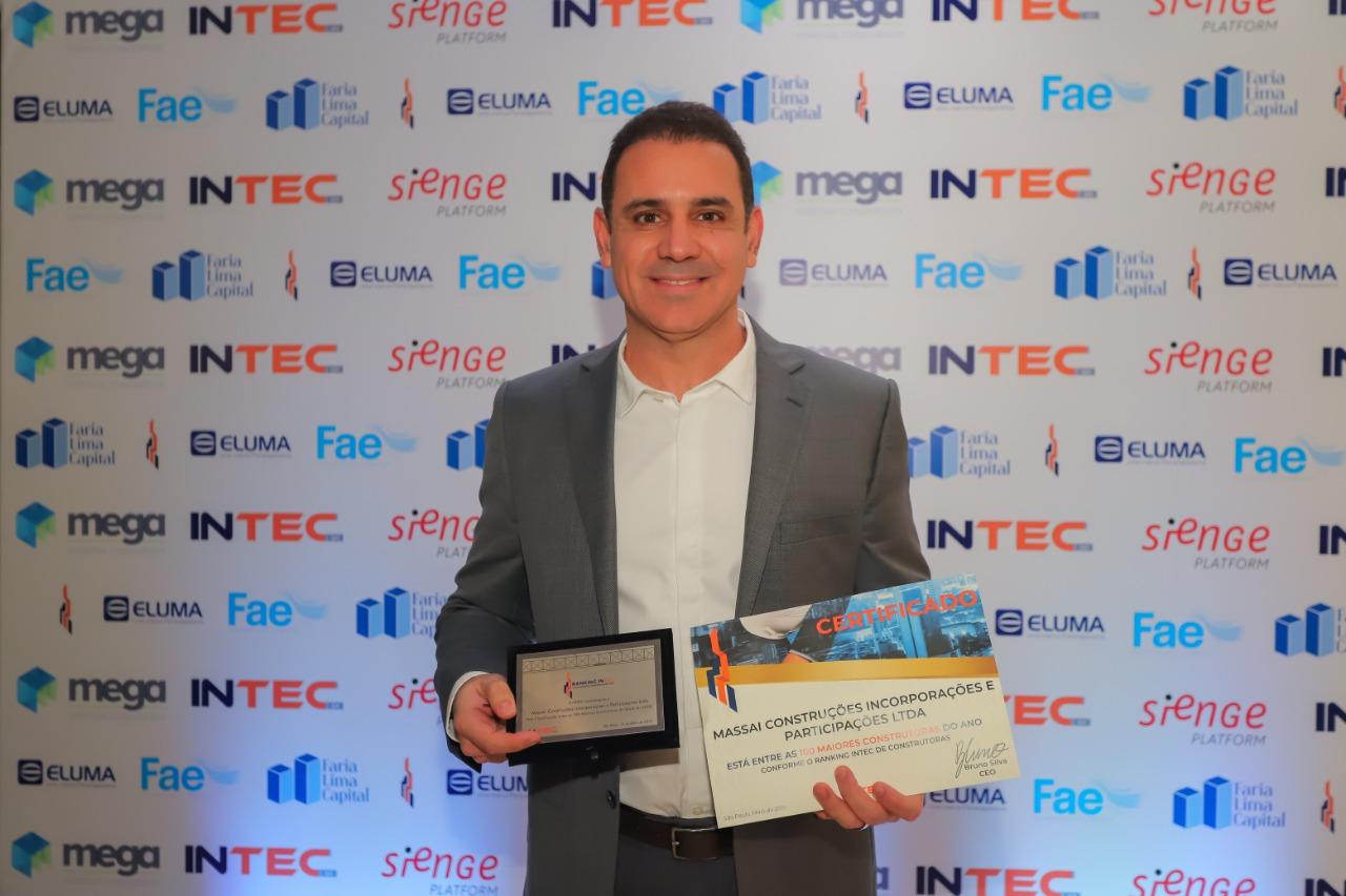 Classificada entre as cem maiores construtoras do País, Massai recebe premiação em São Paulo