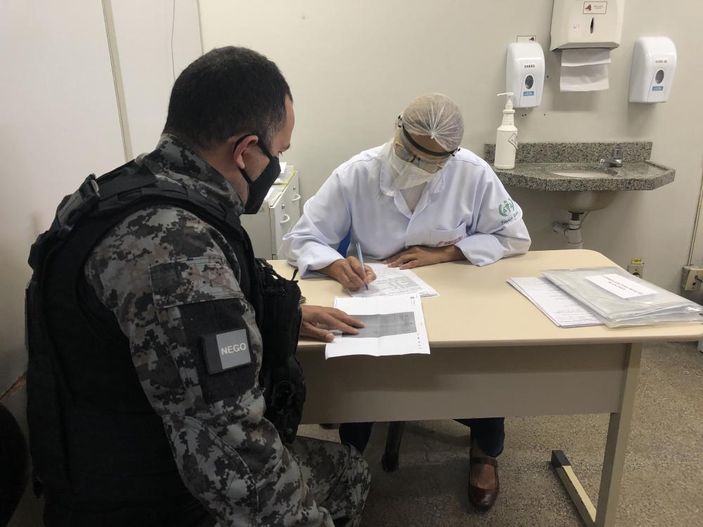 """Policiais penais recuperados da Covid-19 iniciam campanha """"Doe plasma, salve vidas"""""""