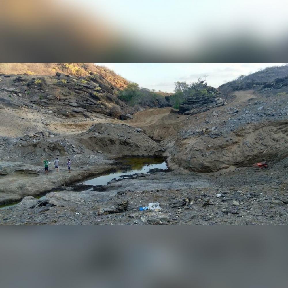 Deputado Buba Germano anuncia licitação da Barragem de Porcos, de Pedra Lavrada