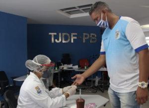 Atletas de times de João Pessoa são vacinados contra a Influenza e fazem testes para a Covid-19
