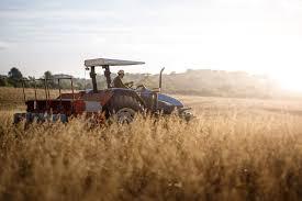 """Campanha """"Cartório é Agro: parceiro amigo do agronegócio brasileiro"""" destaca contribuições do setor para o agrobusiness nacional"""