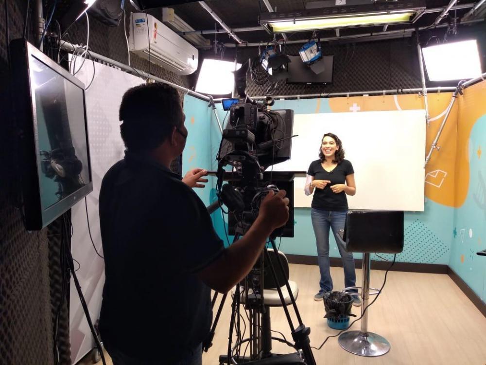 TV Câmara vai exibir aulas à tarde para alunos da rede municipal de ensino